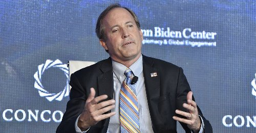 Lawyers Say Texas AG Ken Paxton Admitted His State Violated the Constitution While Accusing Biden Admin of Breaking Immigration Laws