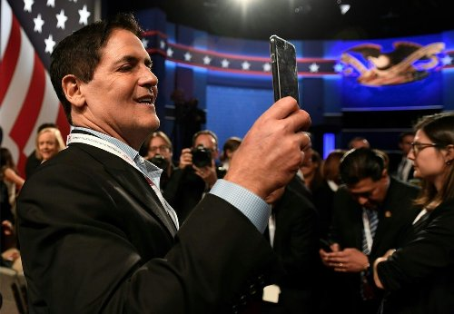 Mark Cuban Gets Burned on Crypto — Responds by Calling for Someone to Regulate Him