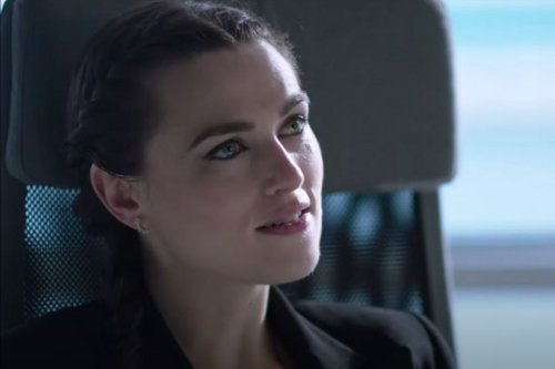 Supergirl's Lena Luthor Confronted Her Abuser and I've Never Been More Proud