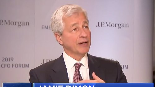 Jamie Dimon Says He Has JPMorgan Chase 'Effectively Stockpiling' Cash Because There's a 'Very Good Chance' of Long-Term Inflation