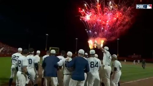 MLB Fans Lose Their Minds Over Unbelievable Ending to Field of Dreams Game: 'GREATEST BASEBALL NIGHT OF MY LIFE'