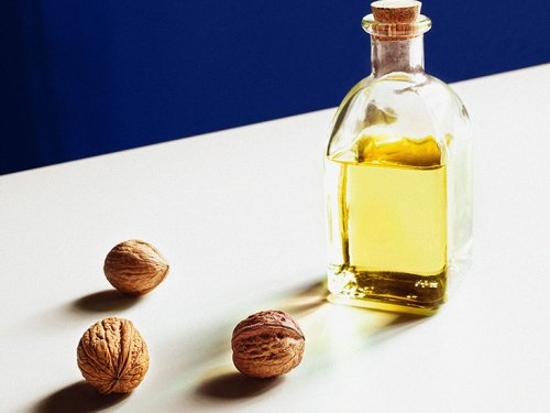 Nuts, seeds, and plant oil intake may lower death risk