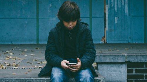 Facebook ändert Regeln für Werbung auf Seiten von unter 18-Jährigen