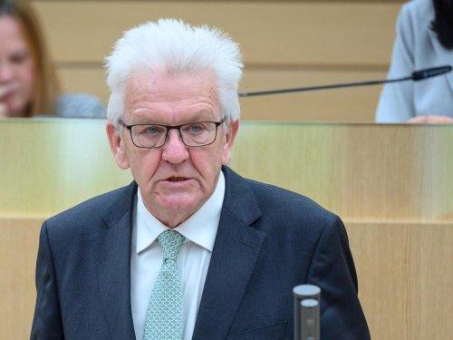 Kretschmann: Tempolimit für Klimaschutz nicht so bedeutend