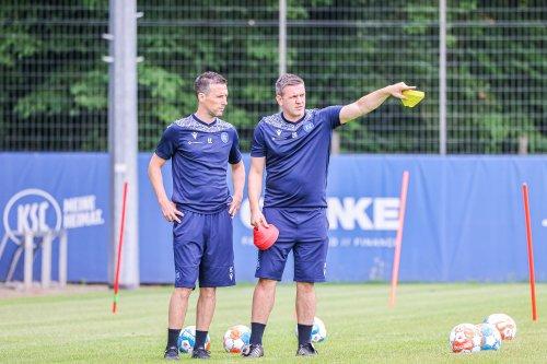 KSC reist ohne Kapitän Gondorf – aber mit Vorfreude – zum FC Schalke 04