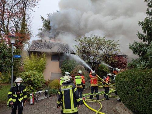 Hoher Sachschaden & zwei tote Katzen bei Brand in Hohenwettersbach