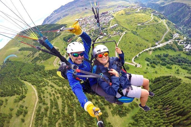 Tandem Paragliding in Alpe d'Huez France - MelbTravel