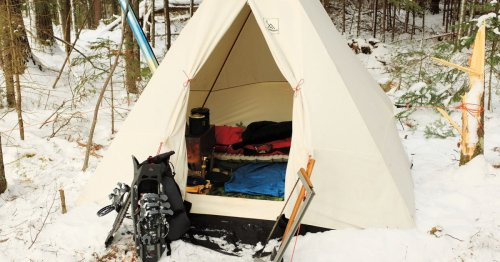 Essential Bushcraft Gear for Camping in the Shoulder Seasons