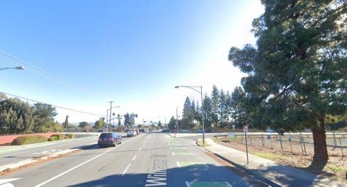 San Jose: Driver dies after crashing Porsche into tree