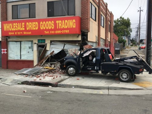 Tow truck driver fatally shot in Oakland is identified