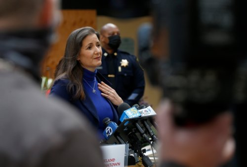 Oakland mayor's proposed budget increases police spending