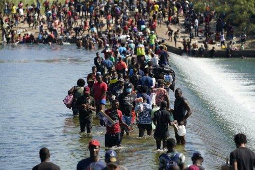 Official: US set to deport 'massive' number of Haitians