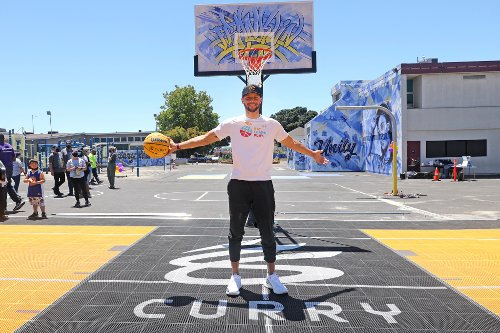 'They deserve that': Steph and Ayesha Curry unveil new playground at Oakland elementary school