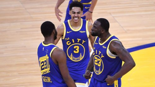 Kurtenbach: The Warriors have found their best closing five and that could change everything this postseason