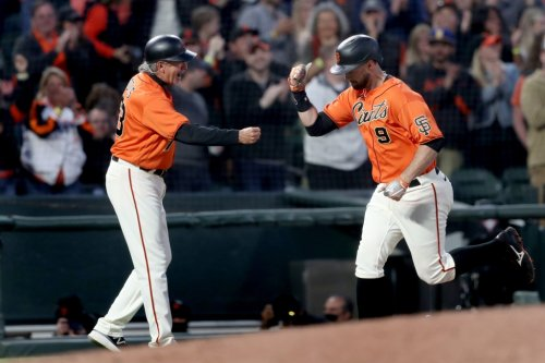SF Giants off to best 70-game start since 1993, extend win streak to five by beating Phillies