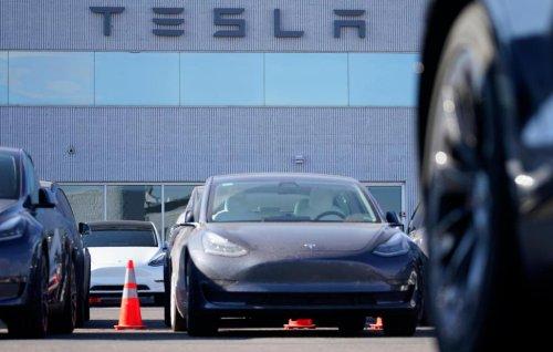 Tesla Model 3 regains top safety pick designations