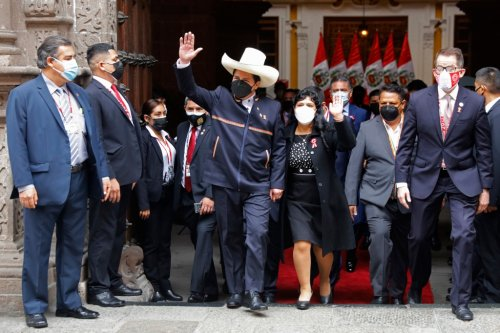 Political novice sworn in as Peru's new president