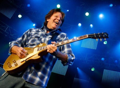 Review: John Fogerty rolls out CCR gold in homecoming concert