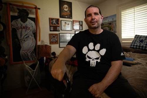 Bryan Stow throws out first pitch at Oracle Park, SF Giants unveil new home uniforms