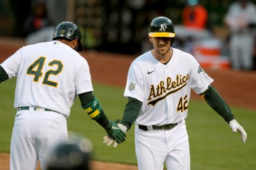 A's place outfielder Stephen Piscotty on paternity list