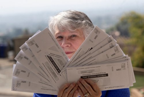 Return to sender: California couple receives mountain of EDD mail that isn't theirs