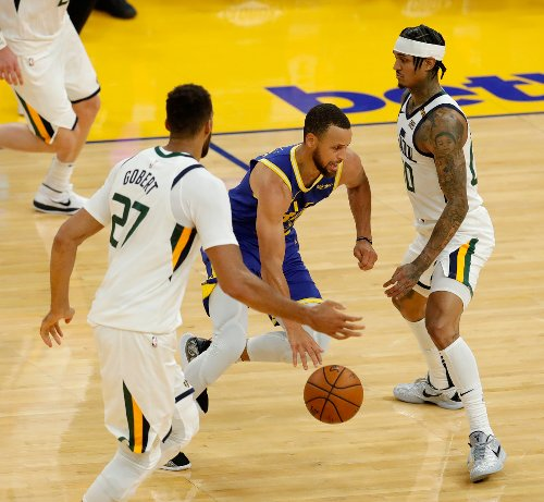 Steph Curry's 3-pointer seals win for Warriors over Jazz that shows why they'll be a tough out in the playoffs