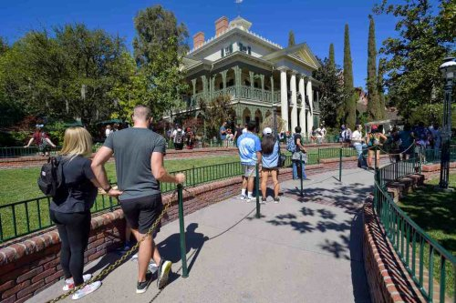 Everything Disneyland changed in the Haunted Mansion and the backstory behind it all