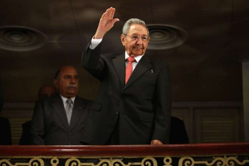 Castro confirms he is stepping down from Cuban leadership