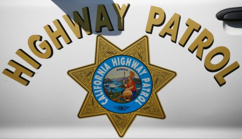 Man hit and killed while riding bicycle on Oakland freeway