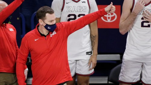 Arizona hires Tommy Lloyd: Once again, the Wildcats use a different hiring model than their peers