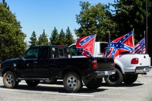 Confederate flag seized from Southern California student on last day of school