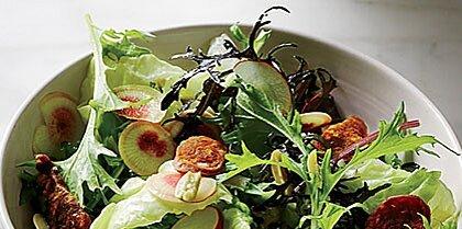 Green Salad with Chorizo Chips Recipe