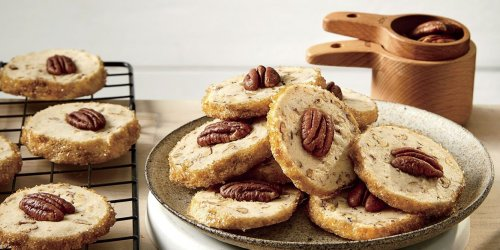 37 Thanksgiving Cookies That'll Make You Forget About Pie