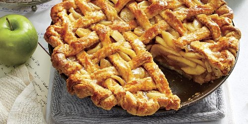 Some Bakers Believe The Best Apple Pie Involves a Brown Paper Bag