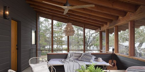 Space of the Week: This Family Home in Texas Will Make You Want a Sleeping Porch