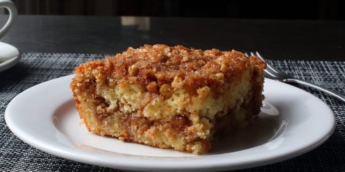 Meet the Crumble Cake That Won Chef John Over to Apple Desserts