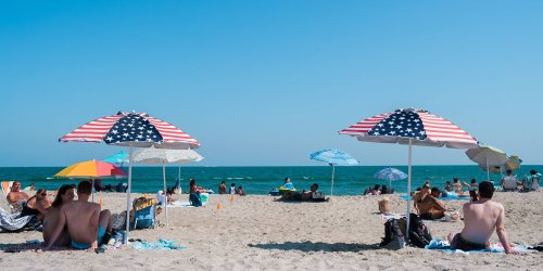 How to Have the Perfect Day at NYC's Rockaway Beach
