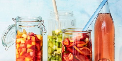How to Make the Perfect Pitcher of Sangria