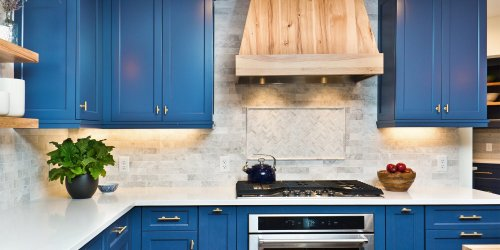 7 Mistakes Everyone Makes When Painting Their Kitchen Cabinets