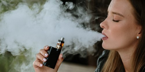 A 23-Year Old Found Out Her Vaping Habit May Have Caused a Condition Usually Seen in People 50 and Older