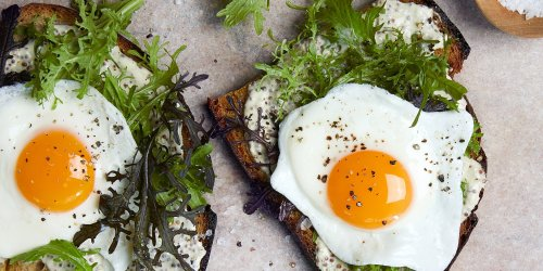 The Best Fried Eggs Are Made with Water
