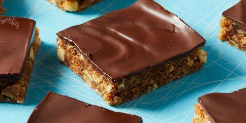 21 Snacks to Help Keep You Regular