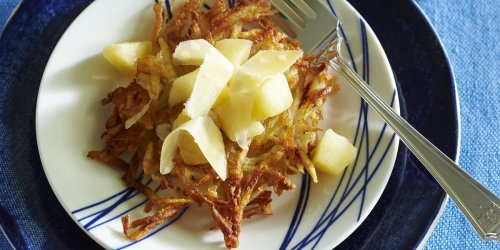 Warm Apple Compote and Aged Cheddar Topping Recipe