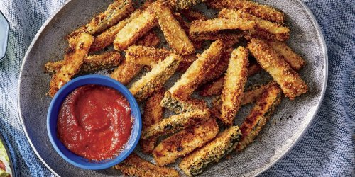 I Could Not Stop Snacking on These Baked Zucchini Fries