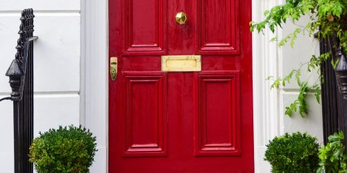 The Best Paint Colors for Your Front Door, According to Feng Shui