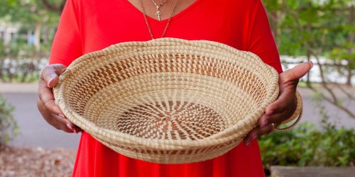Charleston's Famous Gullah Basket Weavers Selling Online for the First Time Ever Thanks to Etsy