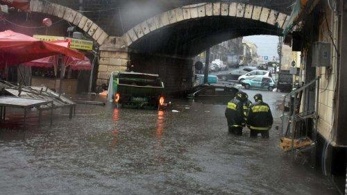 """Extrem-Unwetter tobt in Italien: """"Tragödie"""" in der Stadt Catania - und die Prognosen verheißen nichts Gutes"""