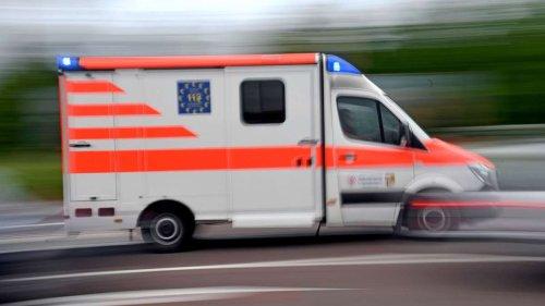 In Nürnberger City: Notarzt will bewusstlosen Mann wecken - und wird dann angegriffen