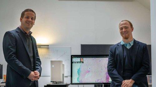 """""""Eine echte Hilfestellung"""": Freisinger Start-up will Brustkrebs-OPs mit speziellem Mikroskop einfacher machen"""