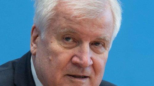 """Seehofer offenbart Rücktritts-Wunsch und überrascht mit Laschet-Satz: """"Ich habe noch nie erlebt ..."""""""